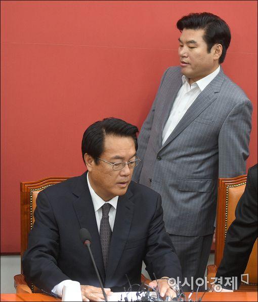[포토]새누리, 원내지도부-중진의원 연석회의