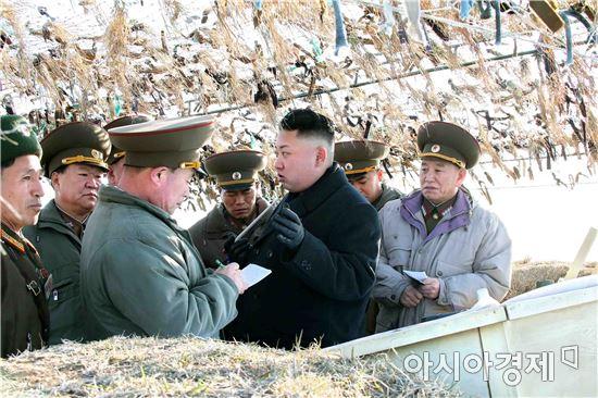김정은 노동당 위원장이 지난 6~7일 열린 제7차 당 대회 중앙위원회 사업 총화 보고에서 남북 군사회담 개최의 필요성을 언급하면서 북한은 일단 군사회담 개최를 최우선시하는 모양새다.