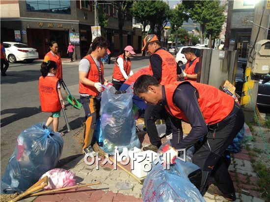 (사)한국자원순환재활용연합 광산구지회 청소 봉사