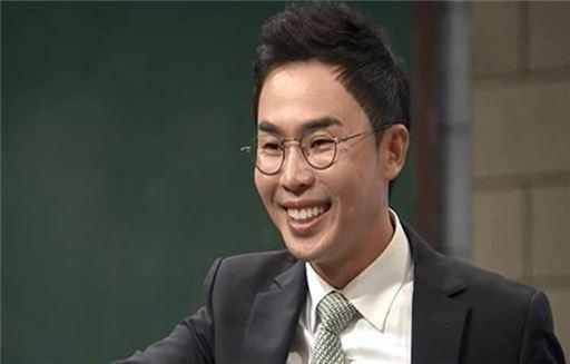 설민석. 사진=O tvN '어쩌다 어른'
