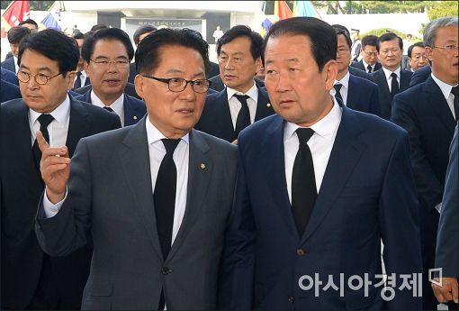 """박지원 """"음주운전도 3진 아웃인데…靑, 왜 박승춘 감싸나"""""""