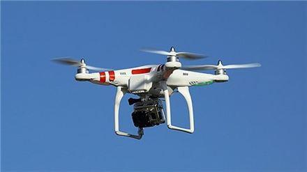 여름방학 과학체험…드론 날리고~3D 프린팅하고~