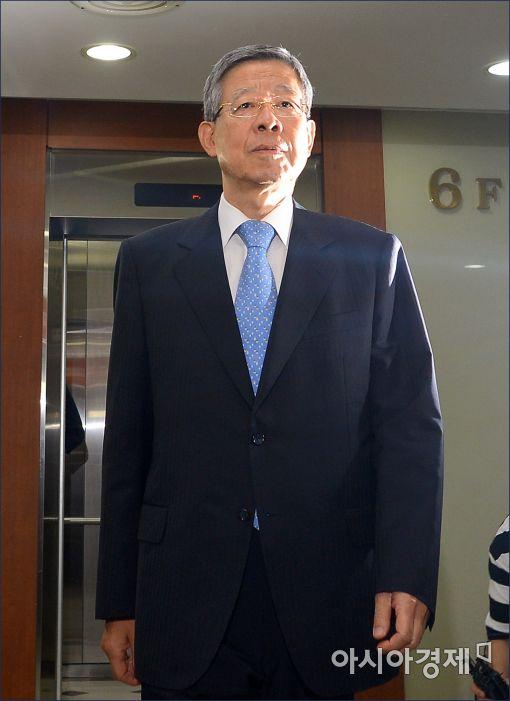 """김희옥, 초선들 만나 """"당의 발전위한 이야기 나눴다"""""""