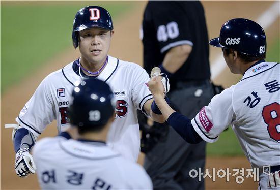 [포토]박세혁, '마수걸이 홈런이에요'
