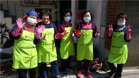 자원봉사단