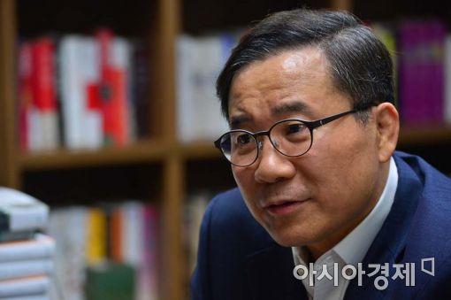"""[아시아초대석]가치투자 20년 뚝심ㆍ노하우…""""평균의 함정을 경계하라"""""""
