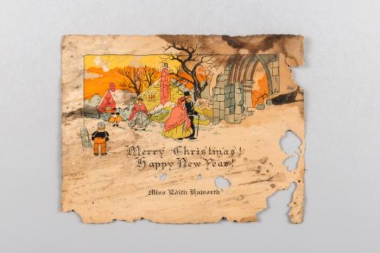 발견된 크리스마스 카드. 사진=문화재청 제공