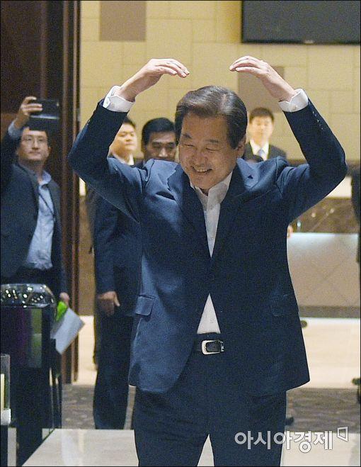 김무성, 대권 가도에 닻 올렸나?…전례없는 대규모 '전당대회 승리기념' 행사