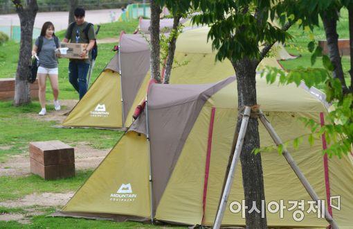 [포토]한강에서 오붓한 캠핑