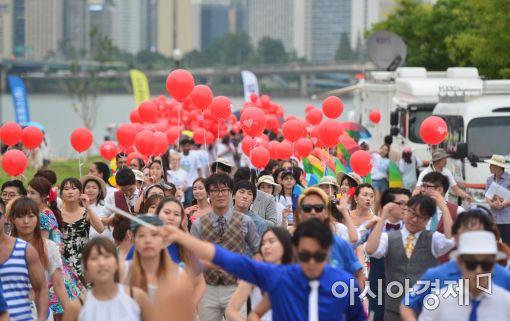 [포토]'2016 한강몽땅 여름축제 거리행진'