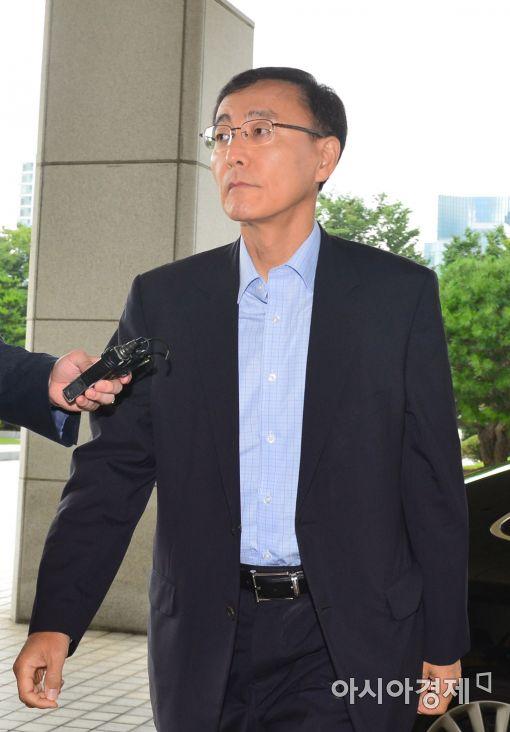 [포토]출근하는 김수남 검찰총장