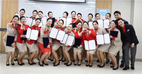 티웨이항공, 22명 신입 객실승무원 비행에 투입