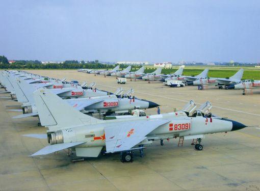 중국 남해함대소속 시안 JH-7 전투기