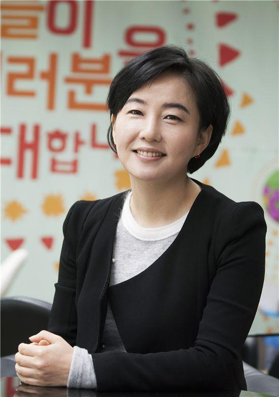 """'금융시민운동가' 제윤경…""""빚 때문에 죽지마세요"""""""