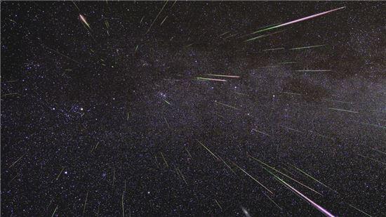 ▲2009년에 이어 올해 8월에도 페르세우스 유성우가 최대치로 쏟아진다.[사진제공=NASA]
