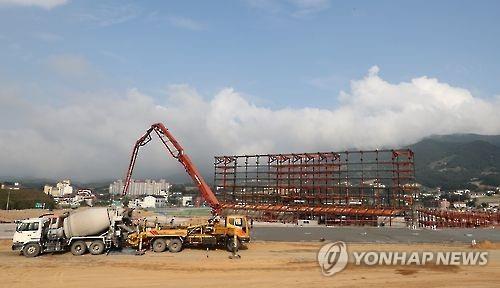 건축 중인 평창동계올림픽 플라자. 사진=연합뉴스