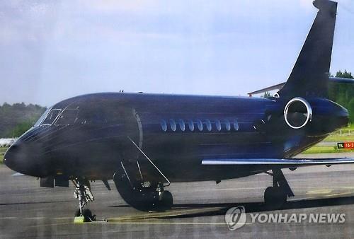 김진태 의원이 공개한 외유용 자가용 비행기/사진=연합뉴스