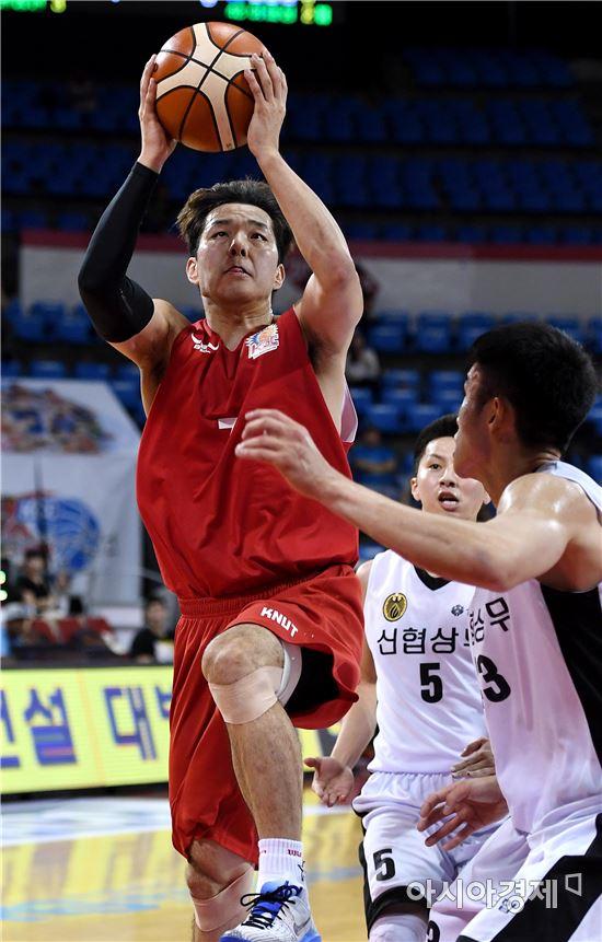 [포토]김종근, '날 막을 수 없어'