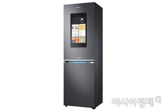 ▲유럽향 삼성 패밀리 허브 냉장고.(제공=삼성전자)