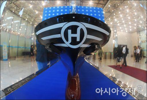 """[한진해운 좌초]""""선복공유 중단…빌려준 배 곧 찾아올 것""""…등돌린 동지들"""