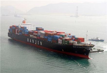바다를 떠도는 한진해운 선박은 90여척에 이른다.<사진은 한진해운 소속 선박>