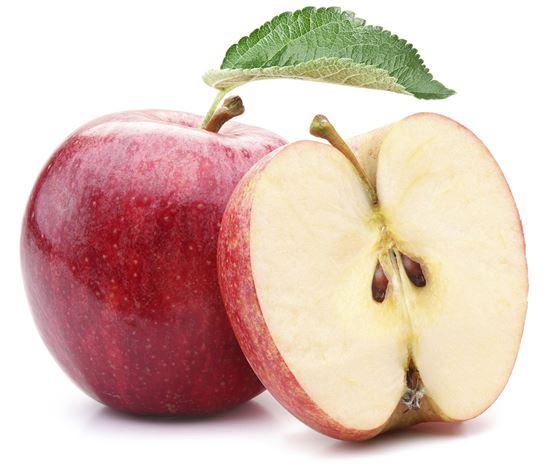 사과는 소금을 뿌린 후 소량의 물로 씻어내면 갈변을 막을 수 있다. ((이미지 출처 = 게티이미지뱅크)