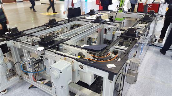 세창인터내쇼날의 공장 물류 자동화용 컨베이어 시스템