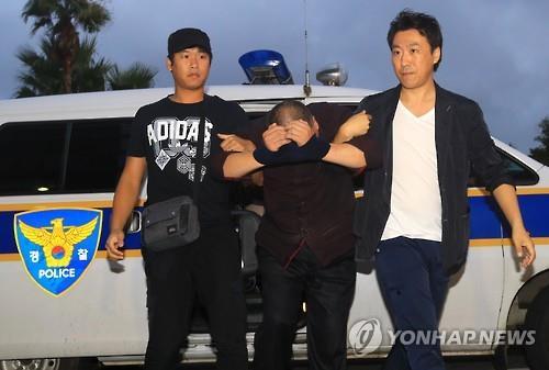 제주 성당 피습 사건 피의자 중국인 첸씨. 사진=연합뉴스 제공