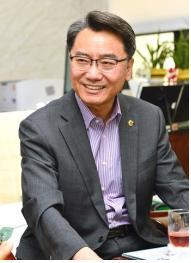 김선갑 위원장
