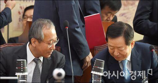 [포토]인사 나누는 서울대총장과 병원장