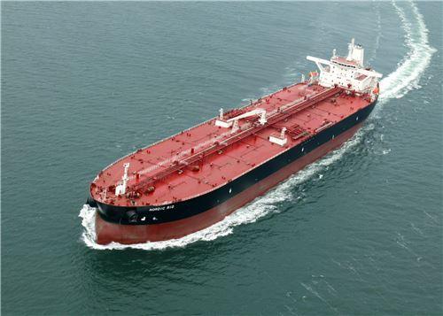 ▲삼성중공업이 2004년 노르웨이 비켄에 인도한 15만DWT급 유조선(사진은 기사내용과 무관함)