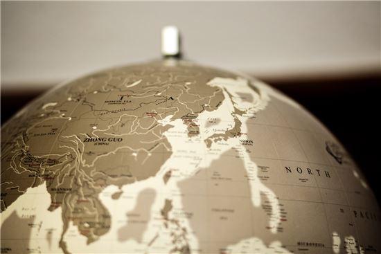 'East Sea' 단독 표기 지구본, 고려대에 기증