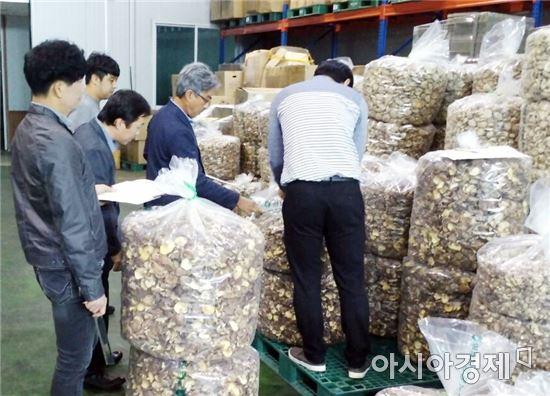 전남농협, 일본 표고버섯 바이어 초청 산지투어 개최