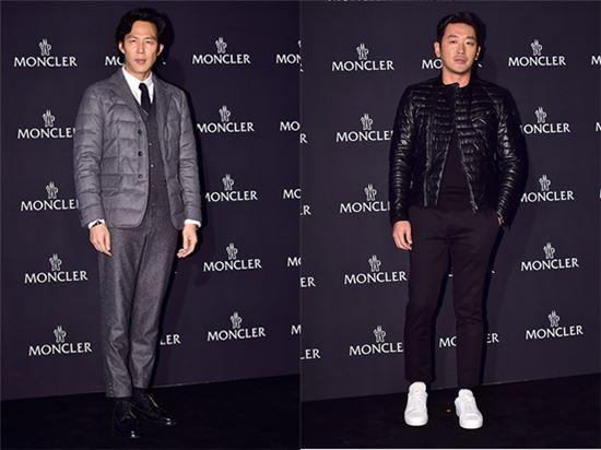 초겨울 패션을 연출한 이정재(왼쪽), 하정우