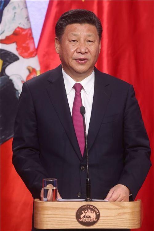 ▲칠레를 방문중인 시진핑 중국 국가주석이 기자회견장에서 발언하고 있다. (EPA=연합뉴스)