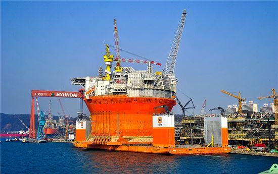 현대중공업이 노르웨이 ENI 노르게(Norge) AS사로부터 수주한 FPSO(부유식 원유생산저장하역설비) (사진은 기사 내용과 관계 없음)