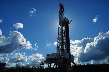 """[이슈분석] OPEC 감산 합의…""""공급 과잉 해소 기대"""""""