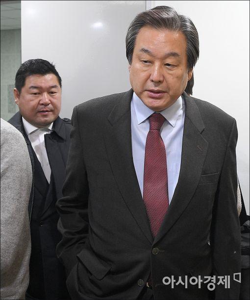 [포토]김무성, 비상시국회의 참석