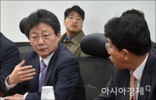 """[포토]권선동 """"결론도 없는 회의 한달째, 힘들다"""""""
