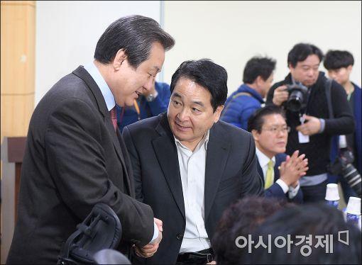 [포토]비상시국회의 참석한 김무성 전 대표