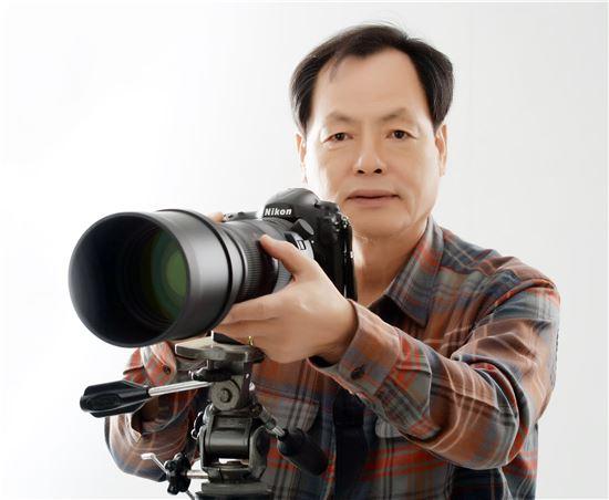 김육복 작가