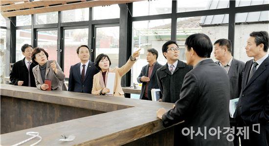 광주시의회 산업건설위원회, 폴리 현장 방문