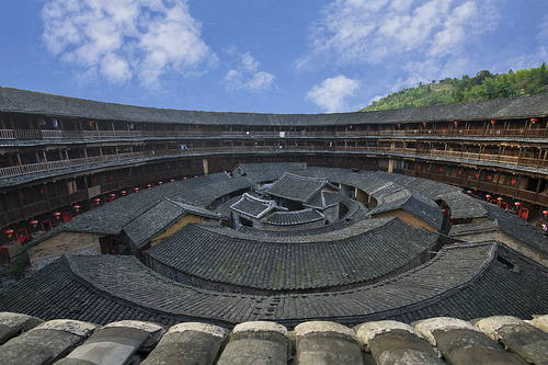 중국의 방어형 가옥 '토루(土樓)' 모습(사진=유네스코 세계문화유산 목록)