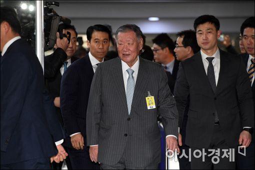 """[재계총수 청문회]정몽구 """"전경련 탈퇴 의사 있다"""""""