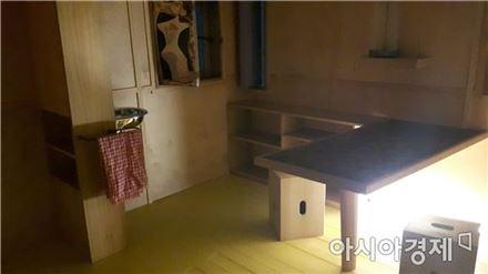 르 코르뷔지에의 카바농 4평짜리 방은 아늑하다. [사진=김세영 기자]