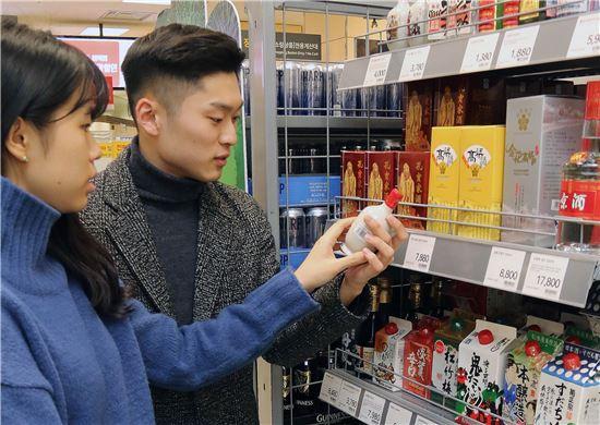 양꼬치 나비효과?…중국 白酒 판매 '쑥'