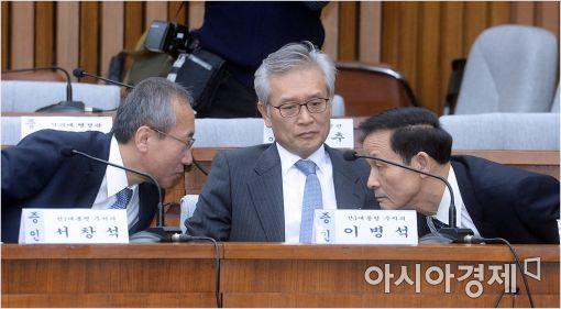 [포토]이야기 나누는 서창석·김장수