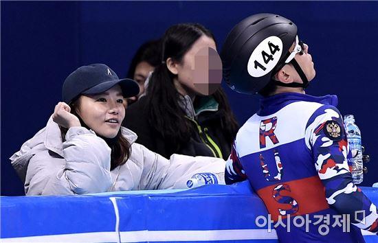 [포토]안현수, '아내는 내조의 여왕'