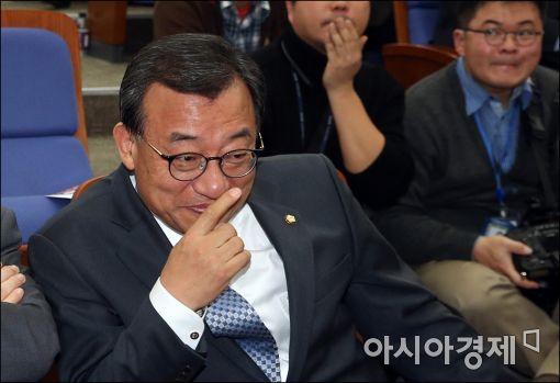 [포토]이정현 대표의 의미심장한 미소