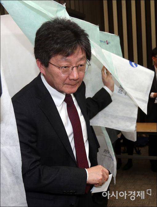 [포토]투표 마친 유승민 의원